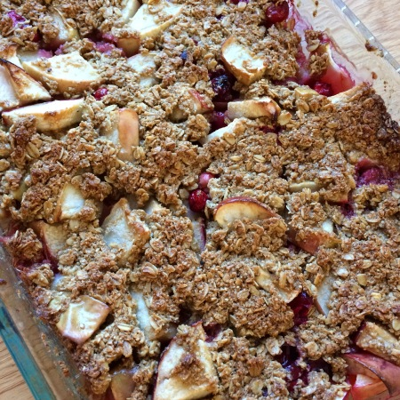 Apple Cranberry Crumble (gluten free) | Suddenlyceliac.org